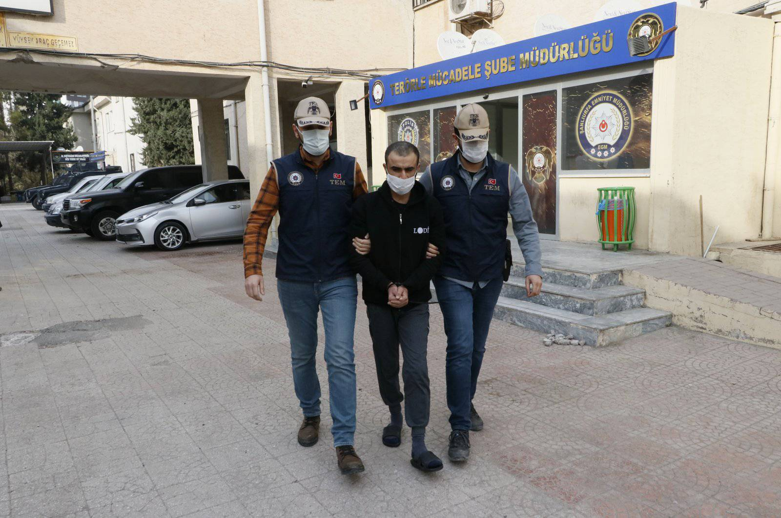 GFATF - LLL - Turkish security forces detained Islamic State member accomplice in Sultanahmet and Suruc terror attacks